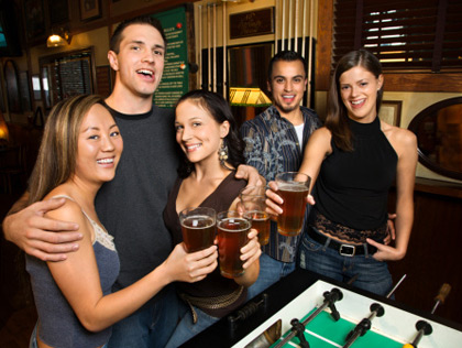 Best Bars With A College Night In Seattle - CBS Seattle