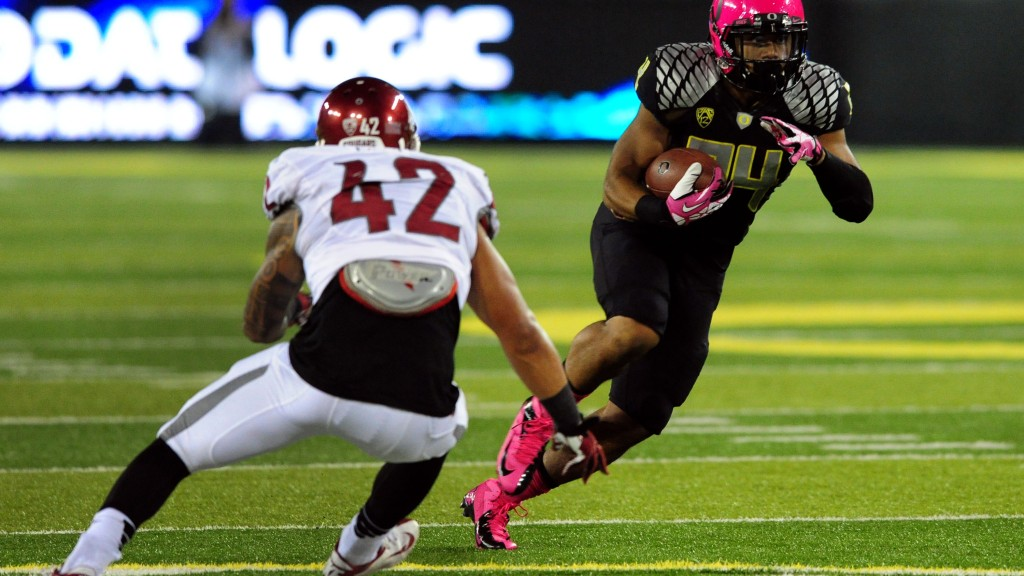Cougars No Match For Ducks, Fall 62-38