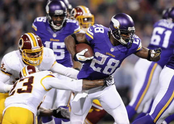 MINNEAPOLIS, MN - NOVEMBER 7: Adrian Peterson #28 of the Minnesota Vikings carries the ball during the second quarter of the game against the Washington Redskins on November 7, 2013 at Mall of America Field at the Hubert H. Humphrey Metrodome in Minneapolis, Minnesota. (Photo by Hannah Foslien/Getty Images)
