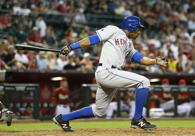 PHOENIX, AZ - APRIL 16:  Curtis Granderson #3 of the New York Mets bats against the Arizona Diamondbacks during the MLB game at Chase Field on April 16, 2014 in Phoenix, Arizona.