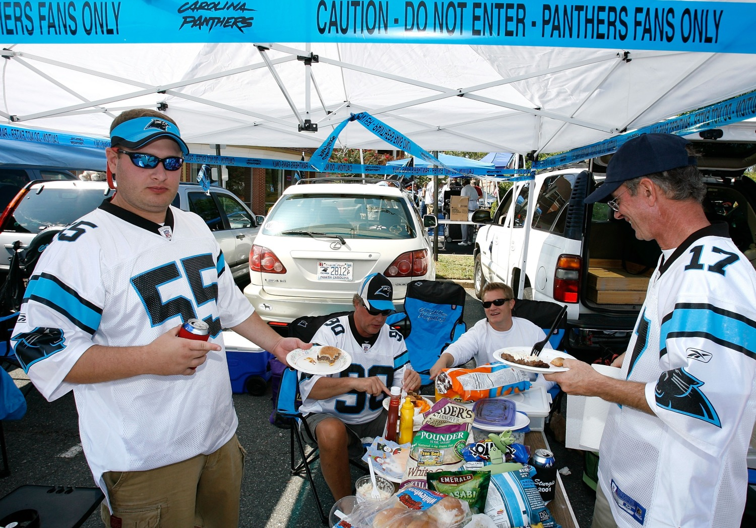 The 8 Best Types Of Grub For Your NFL Tailgate Party – CBS Seattle