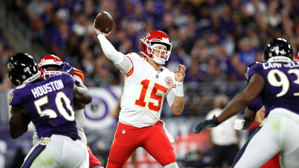 Chargers-Chiefs Preview: Kansas City 'Shouldn't Be In Shootouts Every Week,' Says CBS Sports' Charles Davis